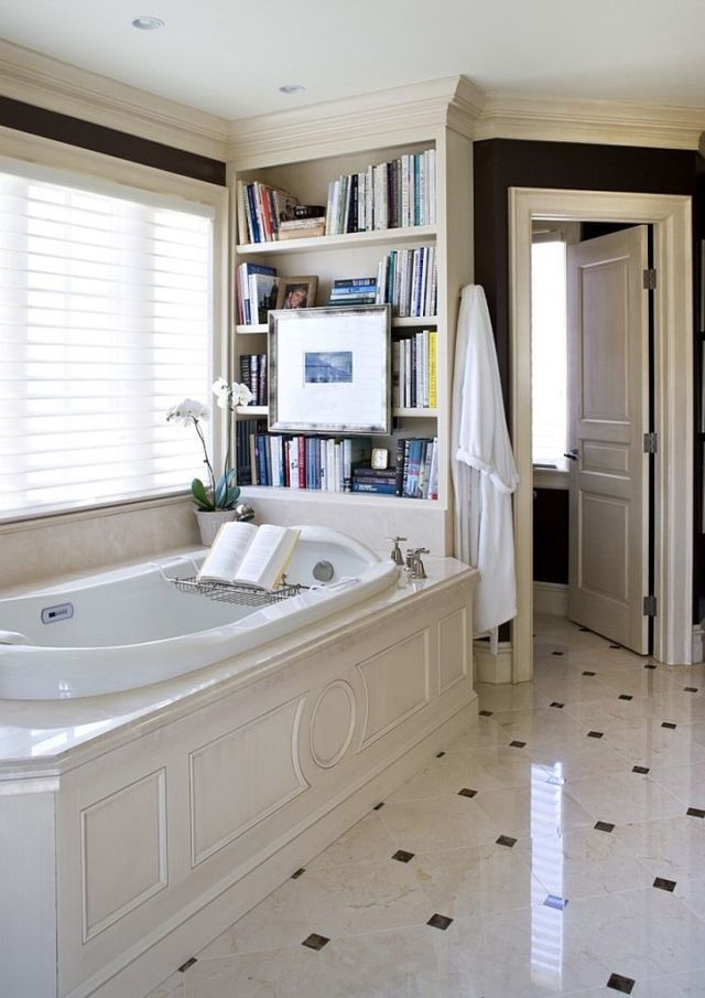 10 Gorgeous Ways To Store Books In The Bathroom Traditional