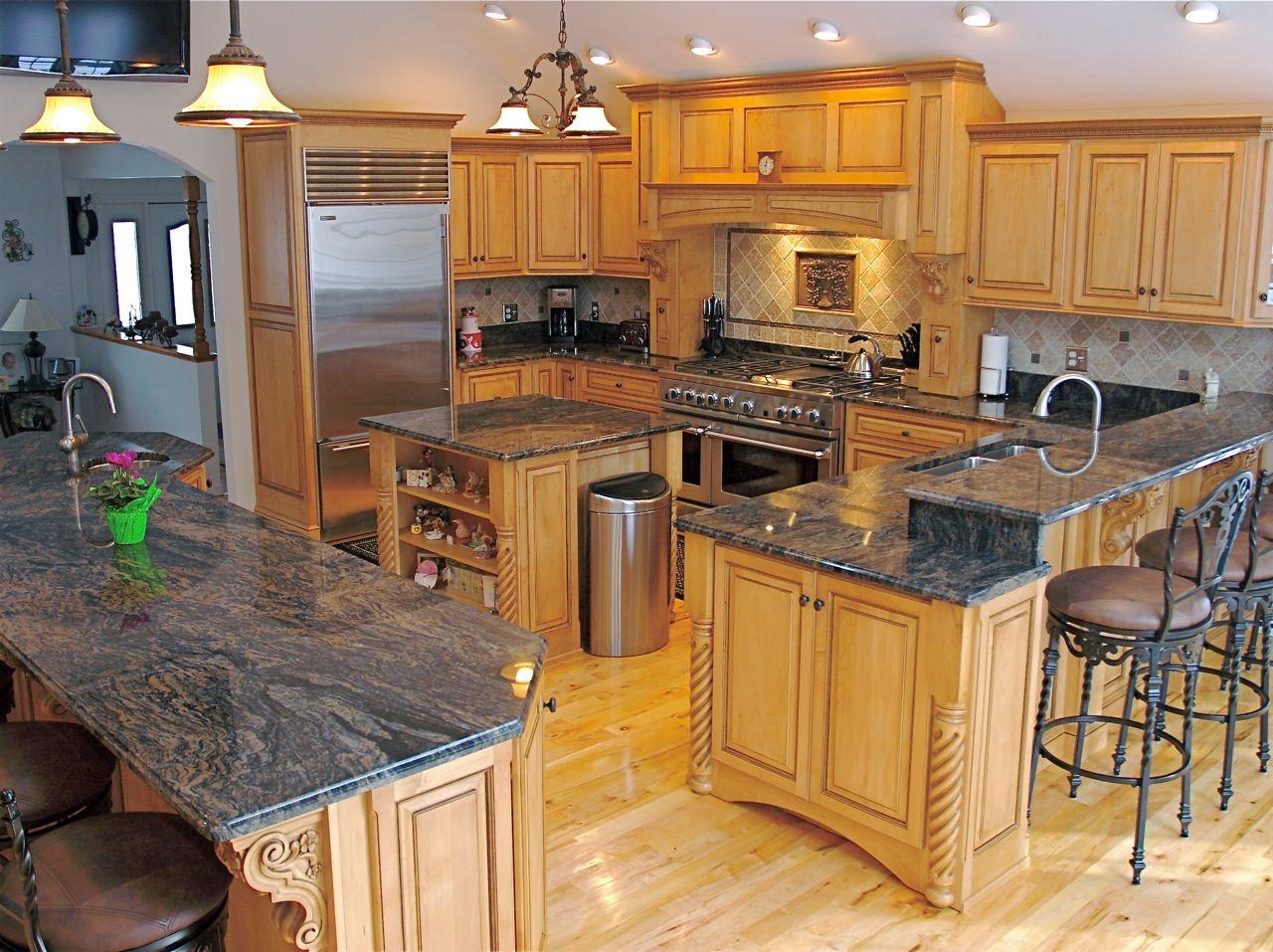 Lite Cabinet Dark Granite Wood Floor Granite Countertops Kitchen