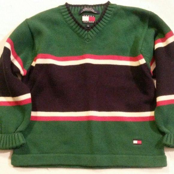 Tommy Hilfiger Sweater Sweater worn a few times. Boy size 5 Tommy Hilfiger Sweaters