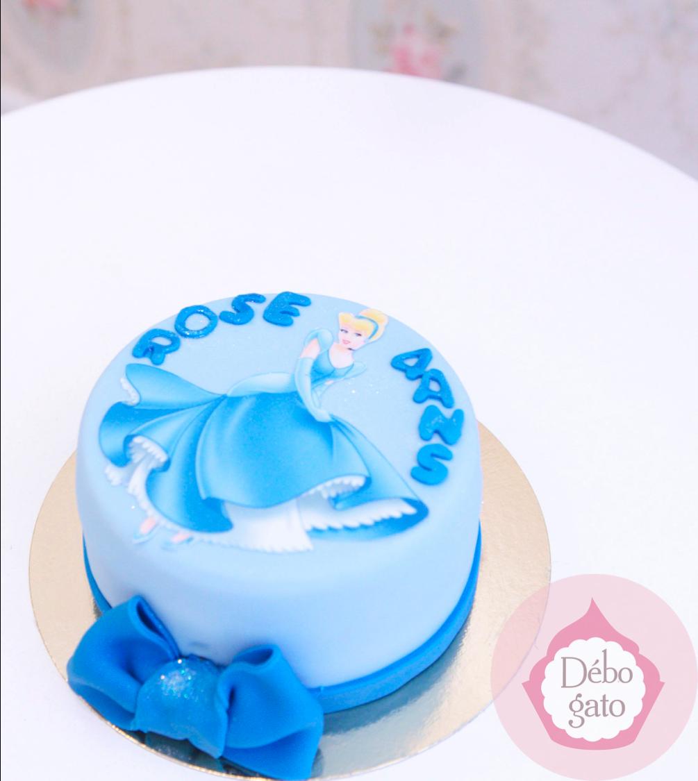Gateau Princesse Cendrillon Gateaux Personnalises Paris Gourmandise Anniversaire Cake Design Paris Birt Gateau Personnalise Cake Design Gateau Princesse