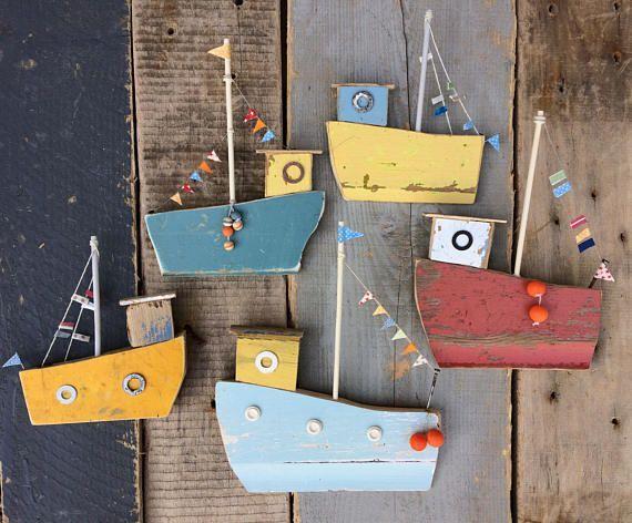 #amp #fischereiflotte #handgemachtes #holzarbeiten #original #treibholz #wand Original handgemachtes Treibholz & # 39; Fischereiflotte 2 & # 39; Wand #strandhuis