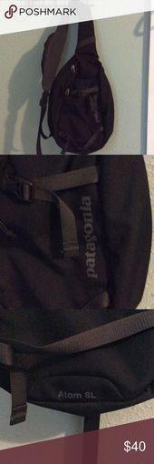 Patagonia Atom sling bag The Atom sling bag in excellent condition Patagonia Ba   Patagonia Atom sling bag The Atom sling bag in excellent condition Patagonia Ba