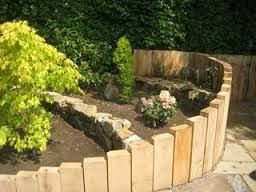 Curved Railway Sleeper Beds Raised Bed For Separation Of 400 x 300