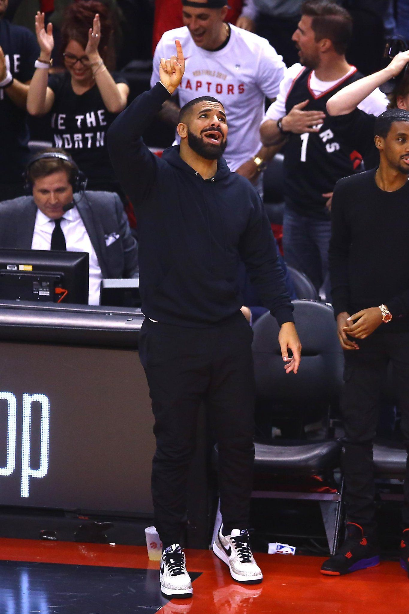 At Nba Finals Game 2 Drake Finds A New Target For His