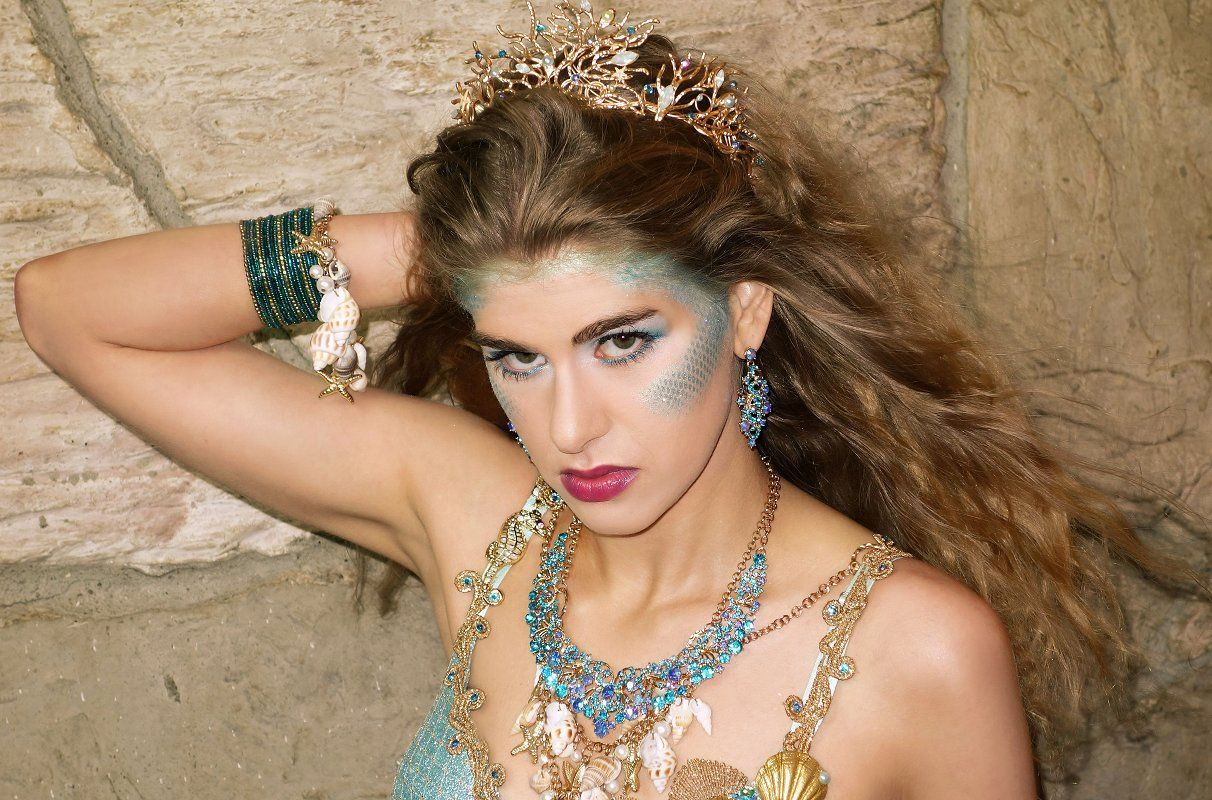 Mermaid Makeup - Sea Siren | Sea Siren Costume | Pinterest ...