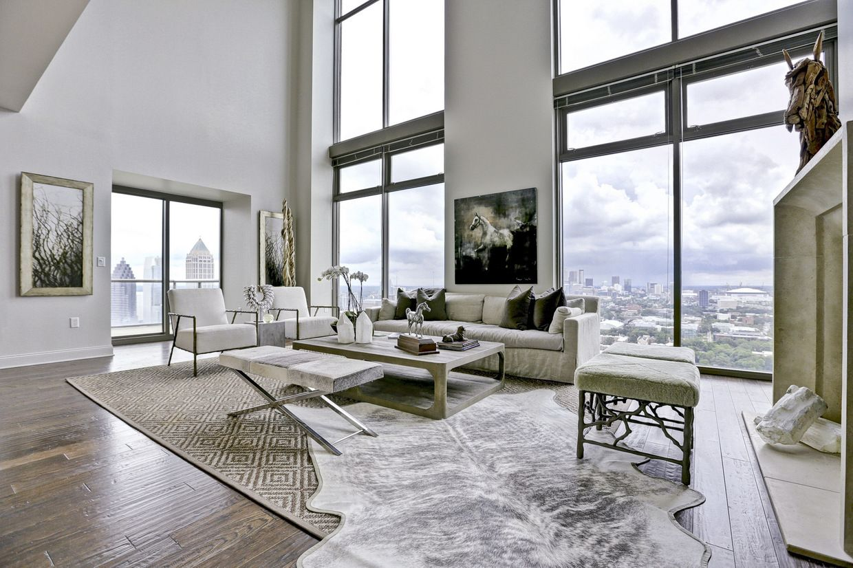 Luxury Real Estate In Atlanta Ga United States Contemporary Midtown Penthouse With The B Luxury Homes In Atlanta Luxury Homes Dream Houses Penthouse For Sale