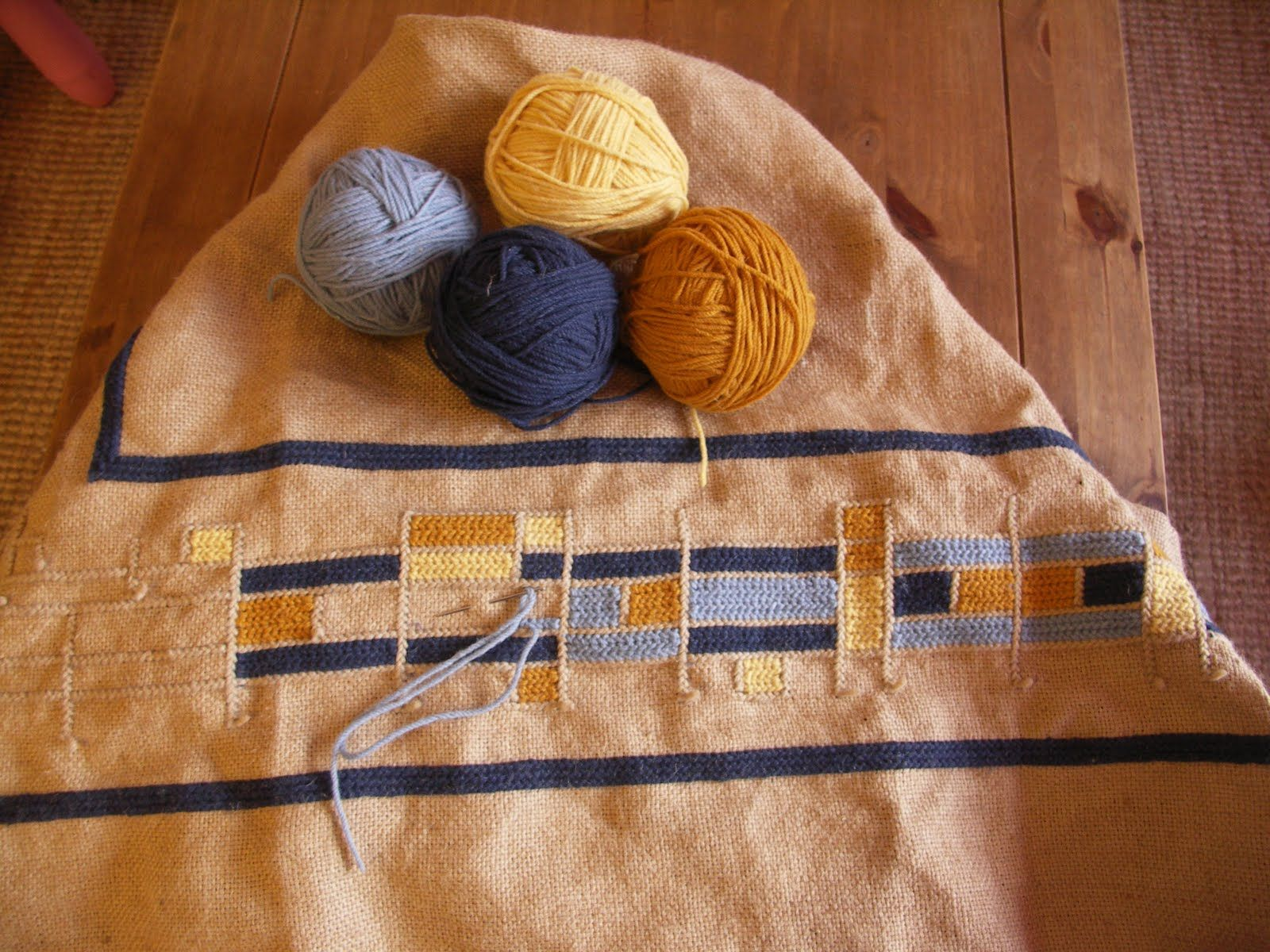 arraiolos portugal carpet embroidery