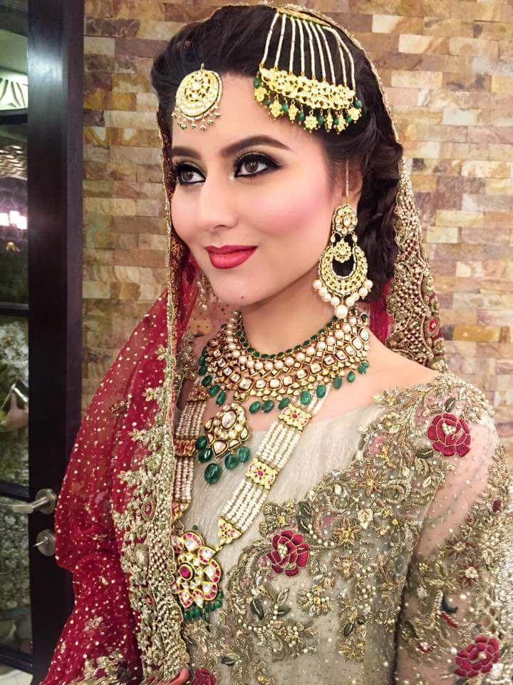 Hottest Bridal Makeup From Bridal Fashion Week
