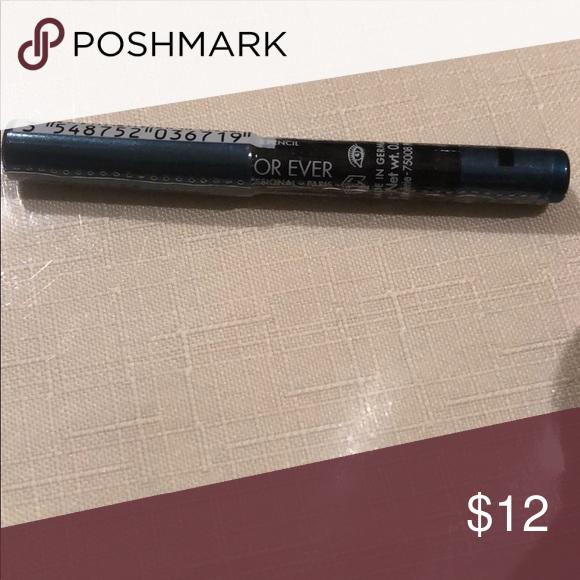 Makeup Forever Waterproof Eyeliner Metallic Teal This is