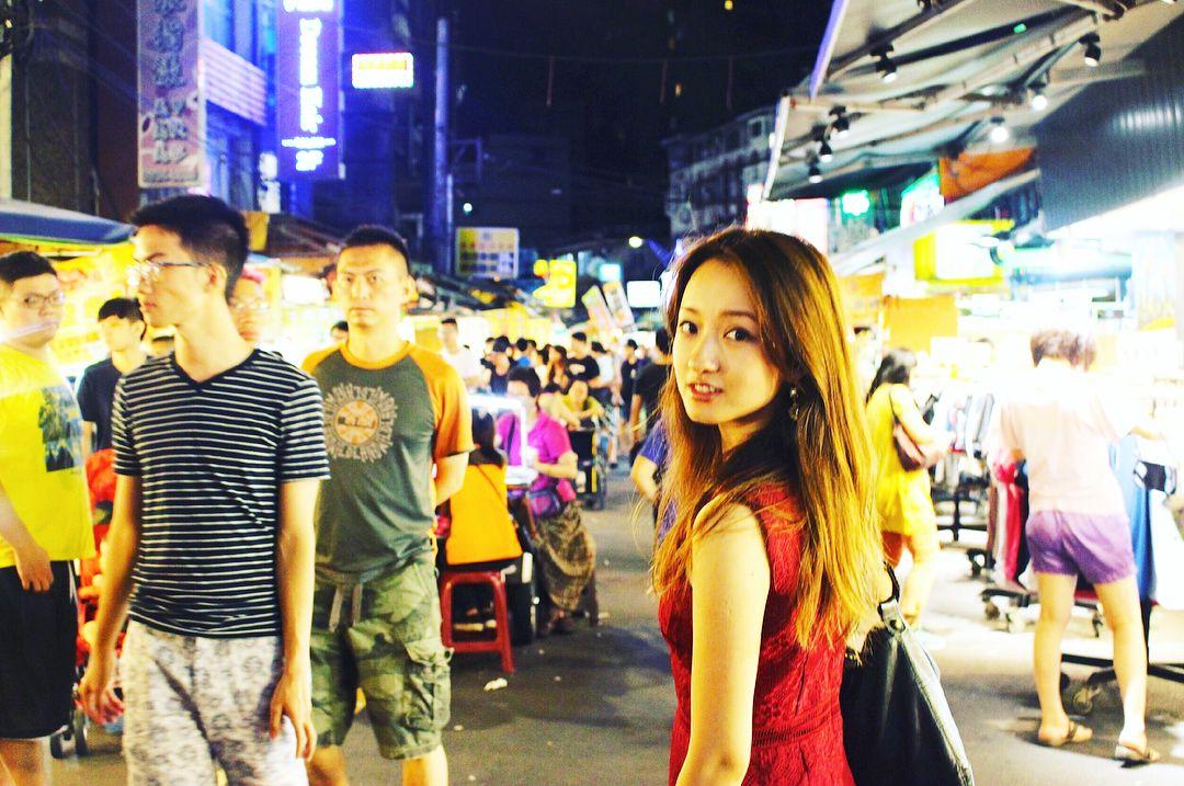 倉田 茉美 mami kurataさんはinstagramを利用しています 再投 ごめんなさい 25歳 台湾 ずーっとワンレンロングだった それがポリシーだったのに人は変わるね 笑 髪長い頃 載せました 画質悪 貞美になるくらい昔は長かったよ 台湾 九份 人は