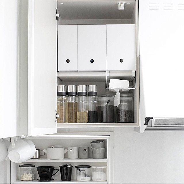 食品収納アイデア総集編 ケースやラックでキッチンを整理整頓 吊り戸棚 収納 アイデア 収納