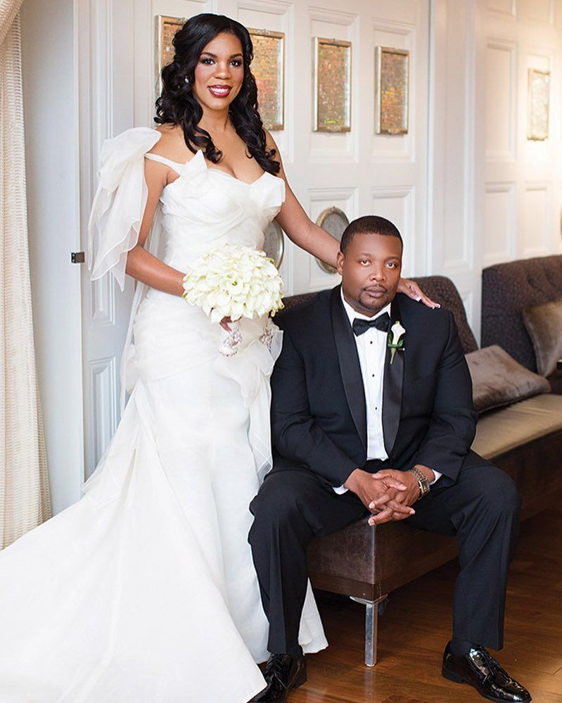 Raquel and charles had a super glam baton rouge wedding designed wedding dress ombrellifo Image collections