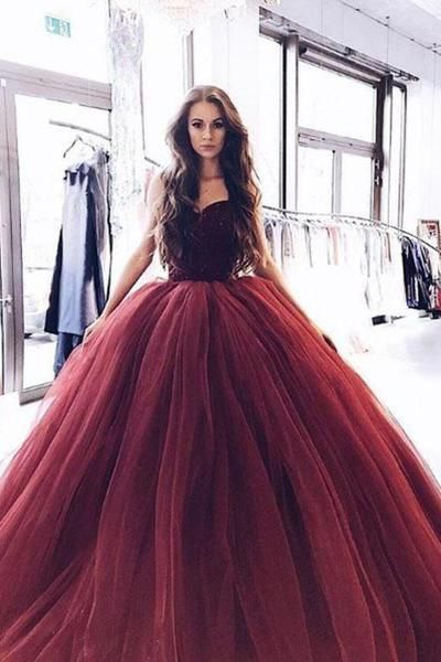 Calm Prom Dresses