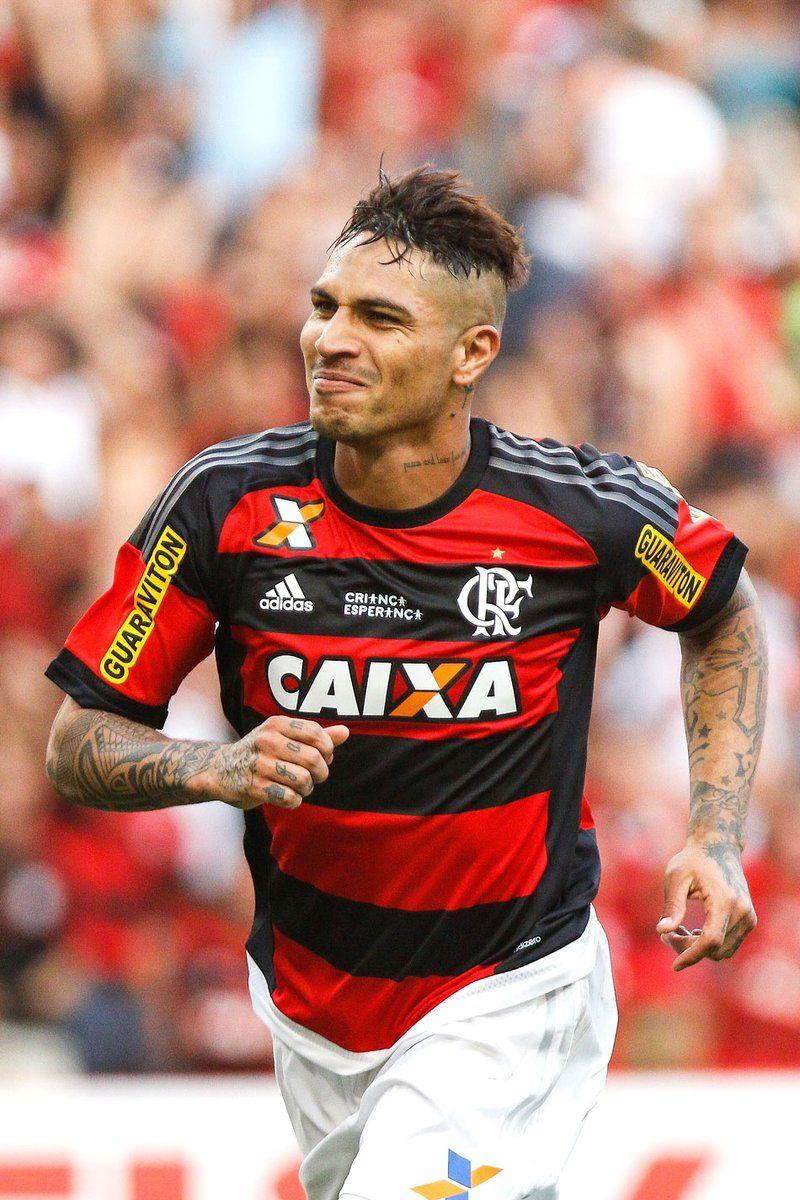 fba5dccfc5b98 s 18 Gols de Paolo Guerrero pelo  Flamengo  4 em 2015 (18J) 14 em ...