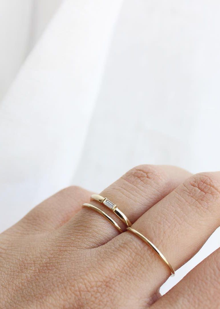 The Delicate And Modern Baguette Diamond Ring In Yellow Gold