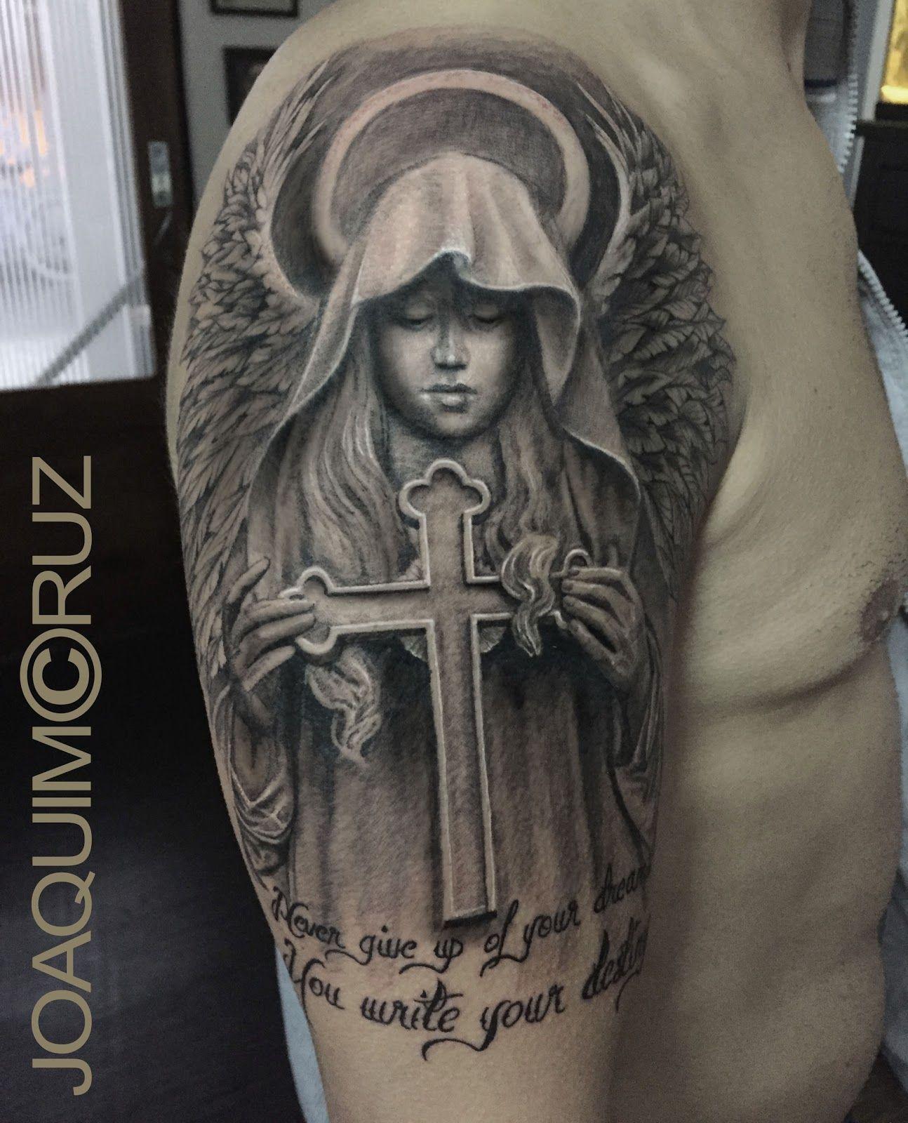 Vemos Tatuaje De Un ángel De La Guarda Es Un Tatuaje Realista En