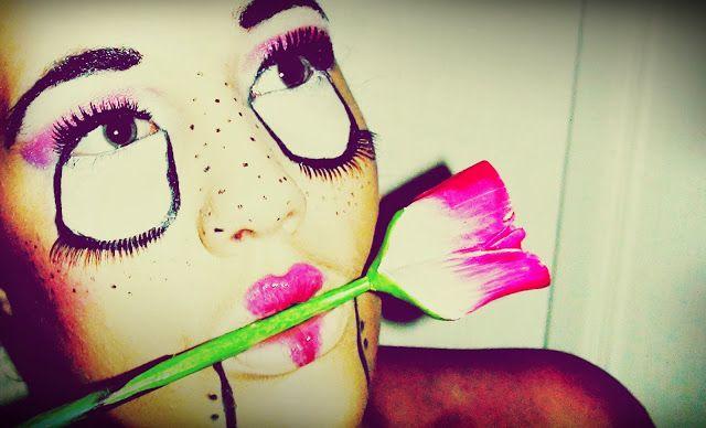 Porcelain doll makeup for Halloween!  http://la-creme-chantilly.blogspot.hu/2013/10/beware-of-doll.html