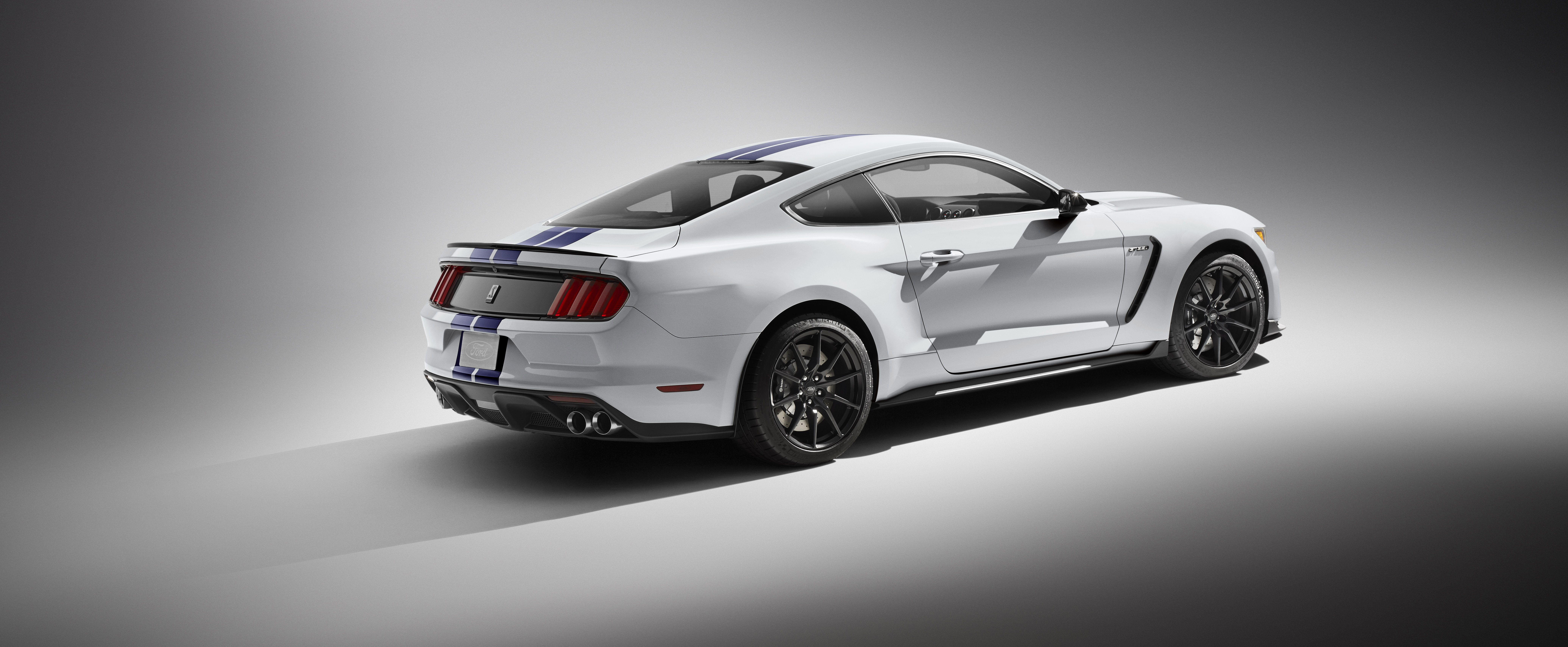 Shelby Gt350 Mustang In White With Blue Stripes Is 500 Hp Of