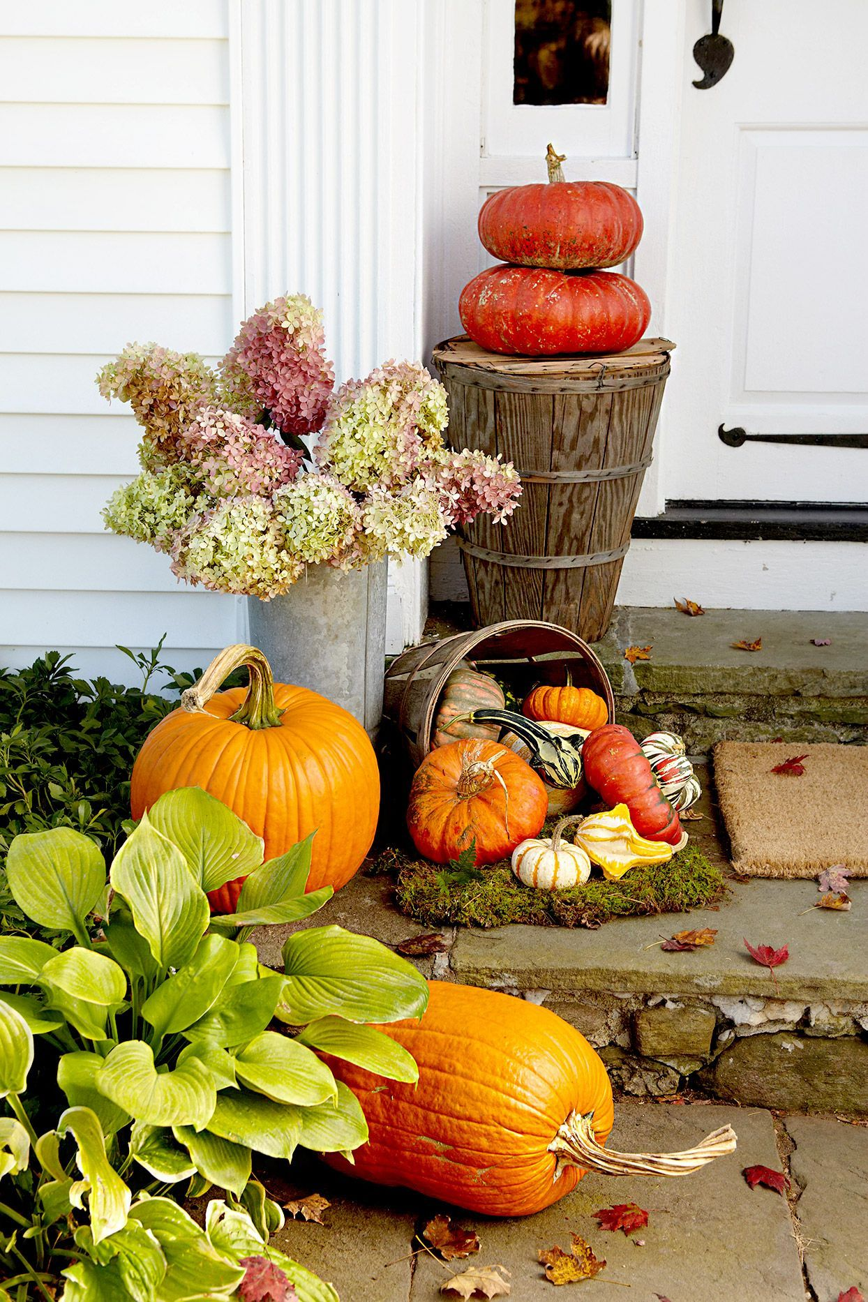 Add A Touch Of Fall To Your Front Door Using The Same Elements You Use Inside Baskets And Bins Make For Eas In 2020 Easy Fall Decor Fall Front Door Fall