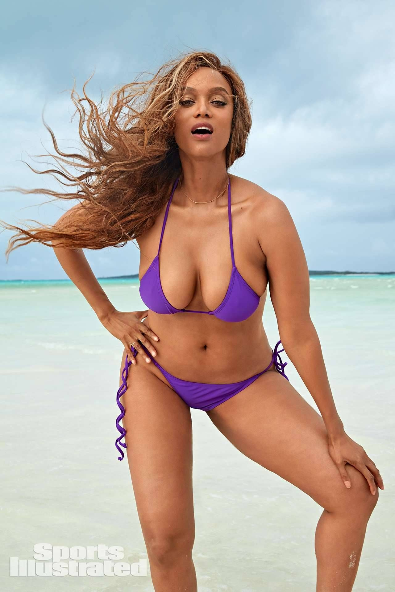 Tyra Banks For Sports Illustrated Swimsuit Issue 2019 Laretta Houston Great Swimsuit Issue Sports Illustrated Swimsuit Sports Illustrated Swimsuit Issue