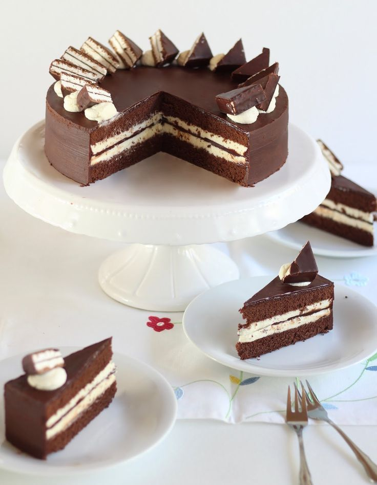 Children's pingui cake | The original Recipe and video from Sugarprincess #apple pies #cake #children39s #lemon pies #Original #pies recipes #Pingui #Recipe #Sugarprincess #torten #torten dekorieren #torten rezepte #video