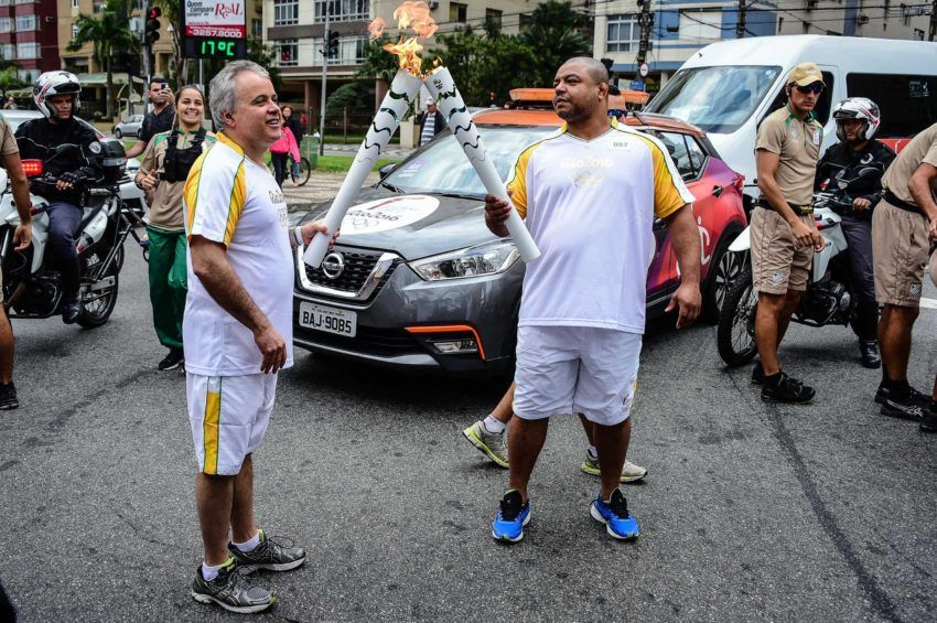 Foto: BRADESCO/ Wander Roberto TOCHA OLÍMPICA EM SANTOS SÃO PAULO