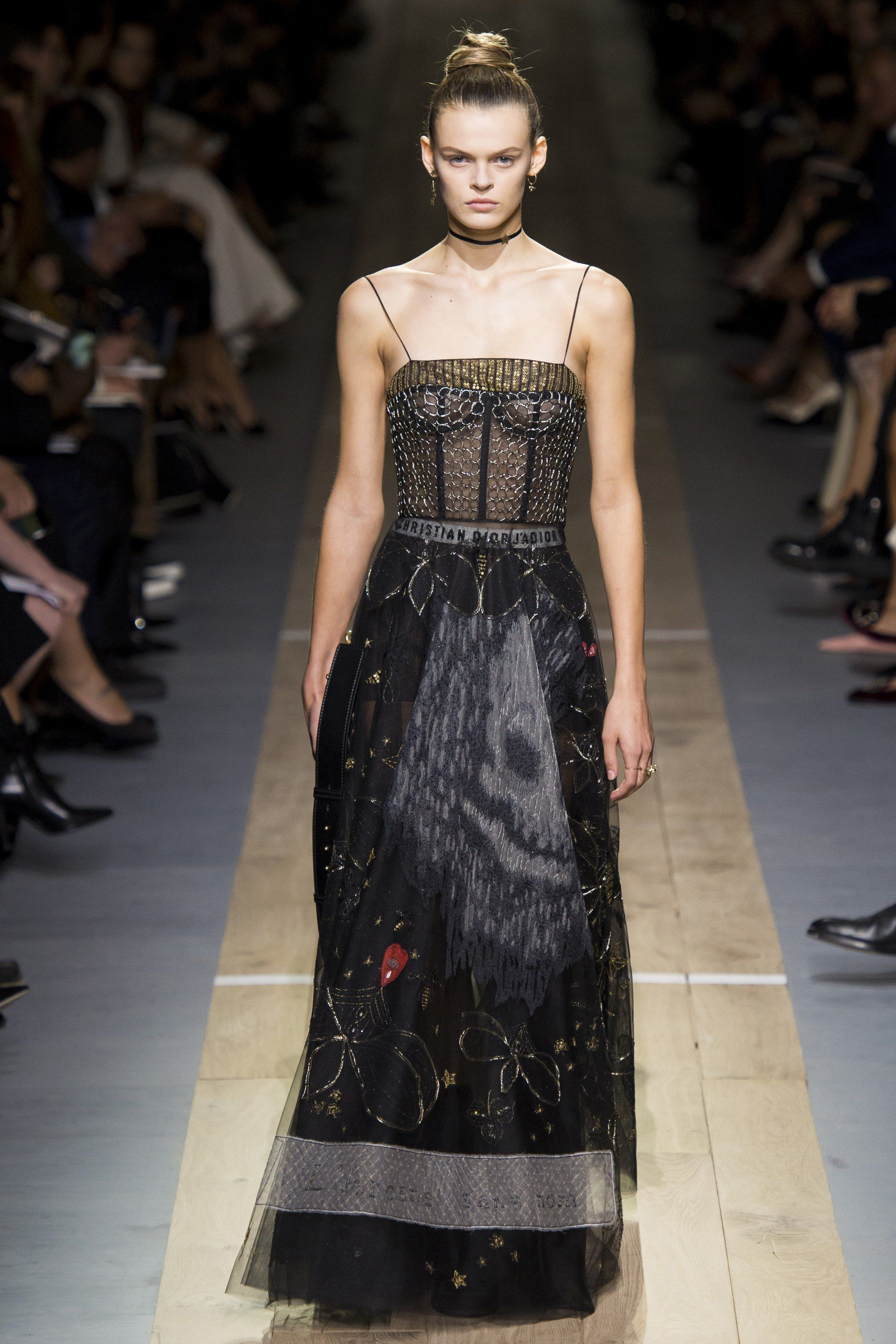27c53036761d Christian Dior Spring 2017 Ready-to-Wear Fashion Show in 2018