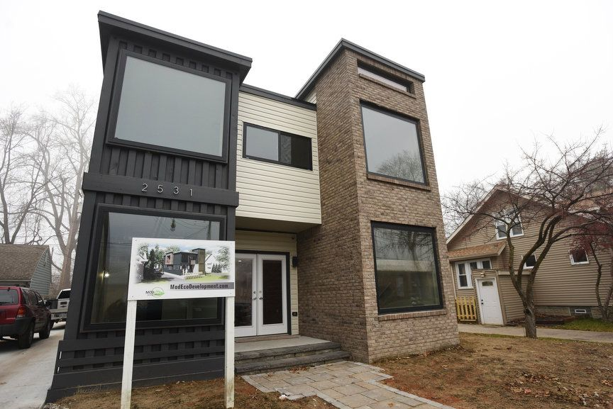 Amazing Royal Oak Shipping Container House