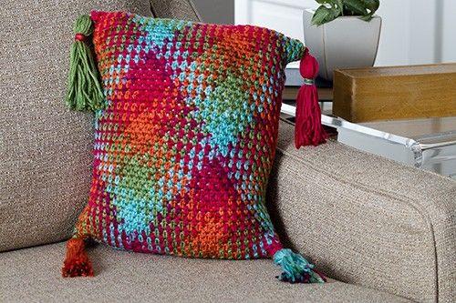 Color Pooling Argyle Pillow Crochet Pattern Download | Kissen