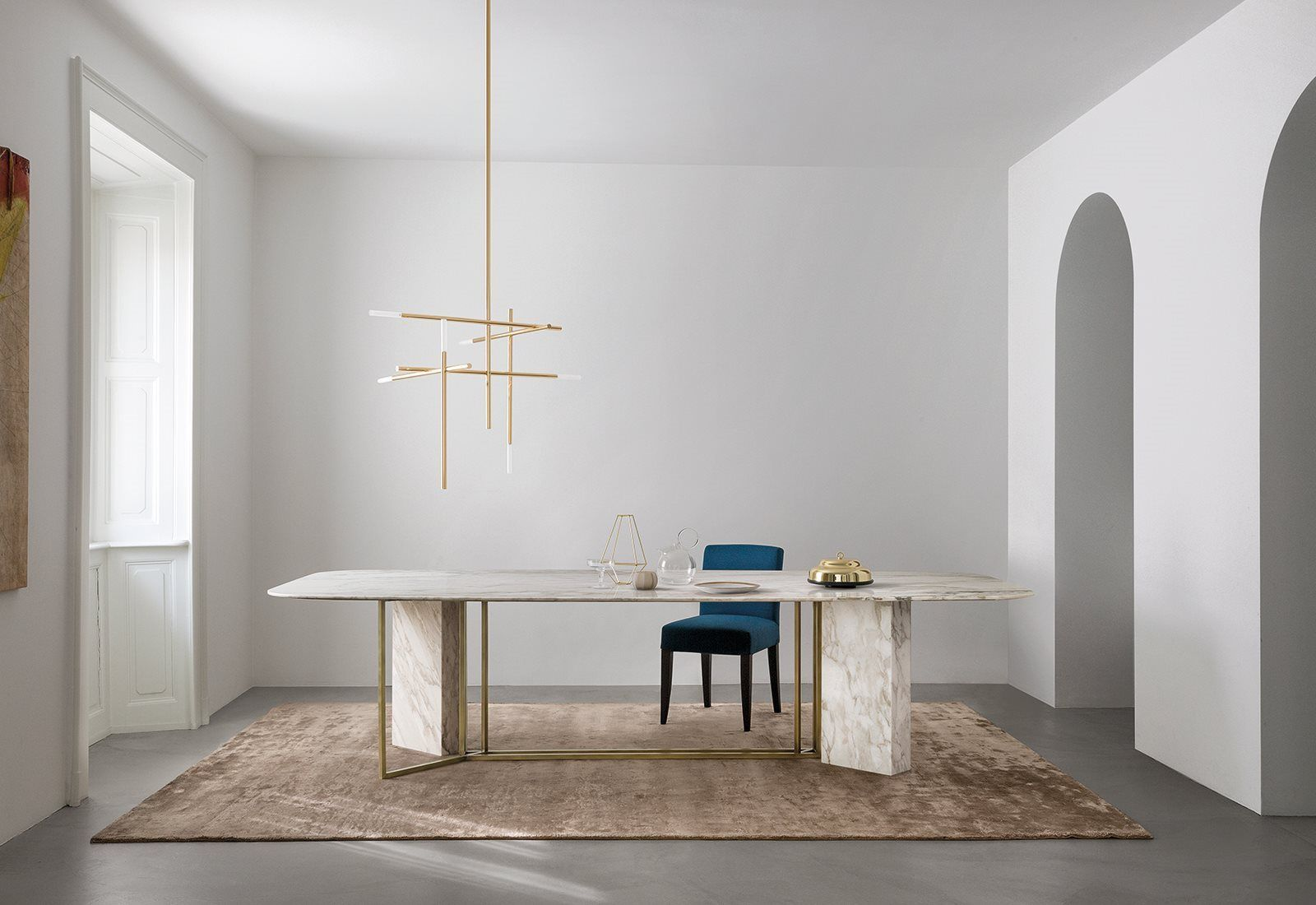 Plinto table meridiani design and art direction by for Nuovo arredo andria catalogo