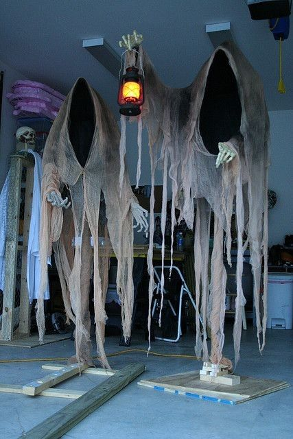 Most creepy  creative Halloween ghost decoration ideas that you - halloween outside decoration ideas