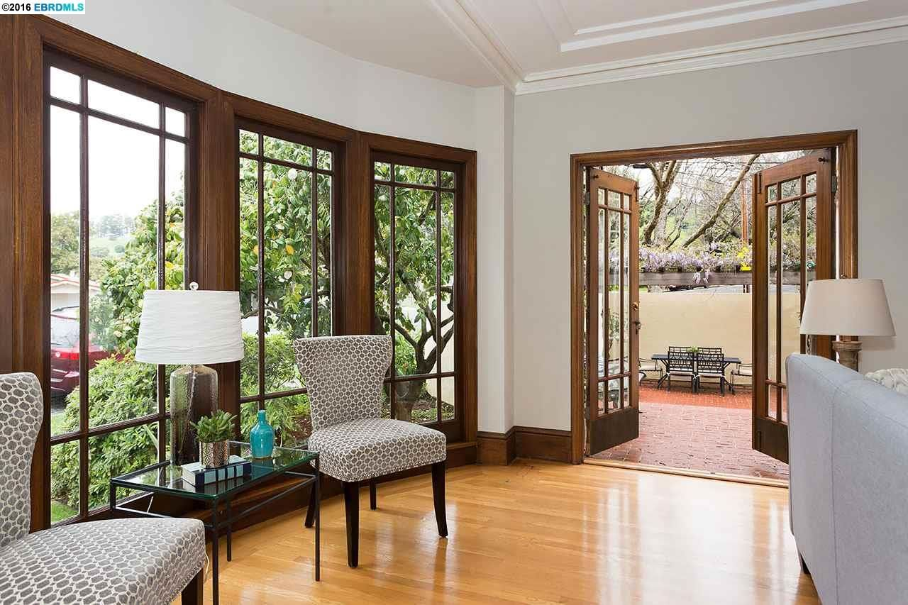 Bay Window French Doors Architecture And Homes Pinterest