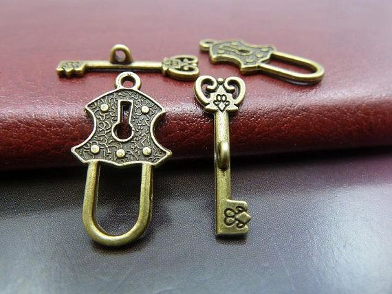 30 Pairs 13x24-8x23mm Antique Bronze Key and Lock by JuanGao