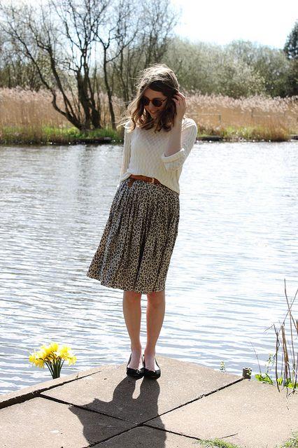 hello mr. fox. lovely print midi skirt.