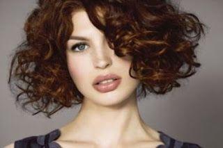 coiffure carre court degrade frise hair Carré cheveux