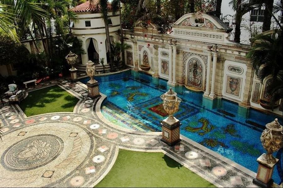 The Fabulously Wealthy Italian Designer Gianni Versace Turned South Beach Fla Mansion Into A Spectacular Property