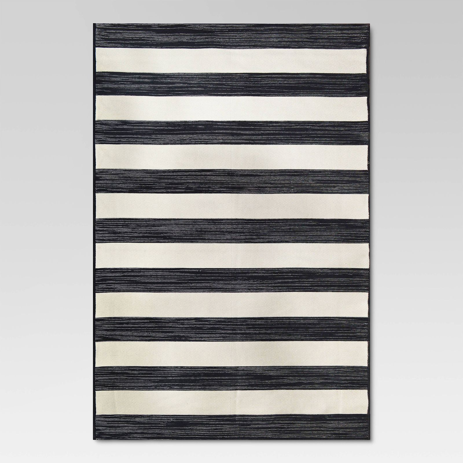 10 Fabulous Black White Outdoor Finds At Target Decorating I