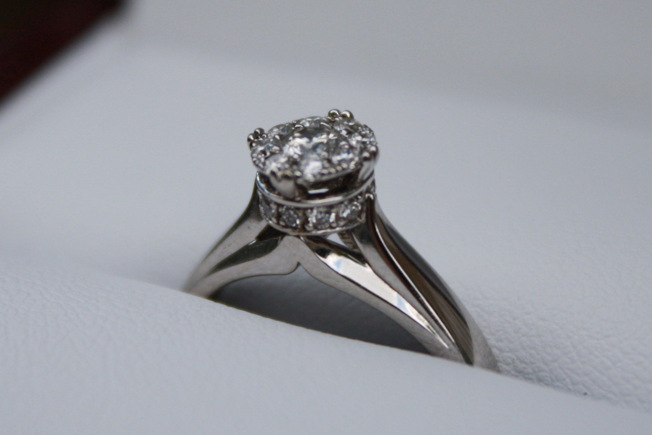 On August 5th 2012 the man of my dreams proposed! This is my engagment ring