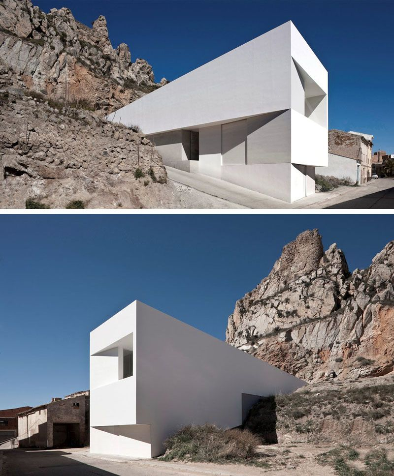 House Exterior Colors 11 Modern White Houses From Around The World Exterior House Colors White Exterior Houses White Houses