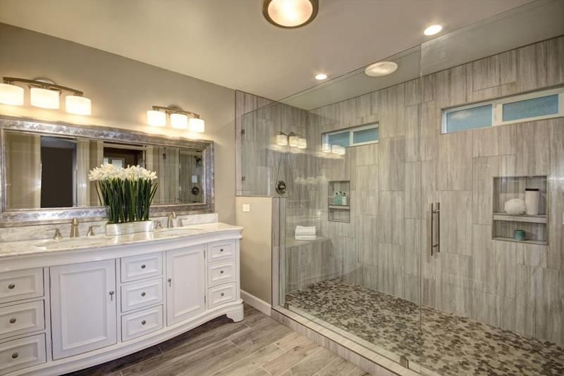 15 Stunning Master Bathrooms With Walk In Showers Page 2 Of 3 Luxury Master Bathrooms Modern Master Bathroom Small Master Bathroom