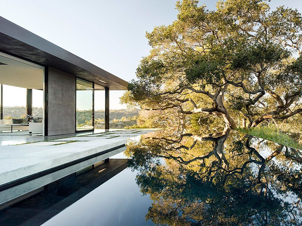 Oak pass house en beverly hills arquitectura for Casa minimalista harborview hills