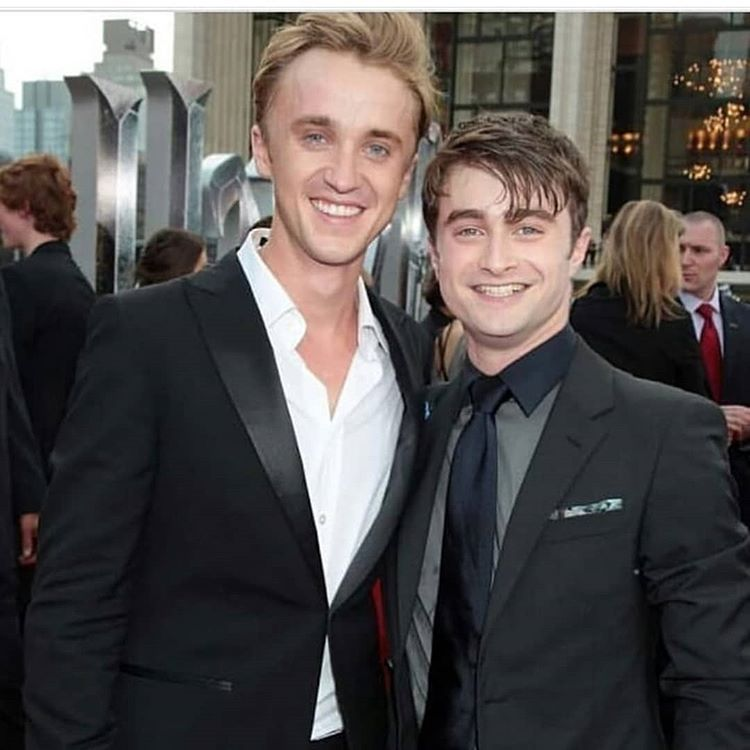 Pin By Minhee On Drary Harry Potter Scene Draco Harry Potter Harry Potter Draco Malfoy