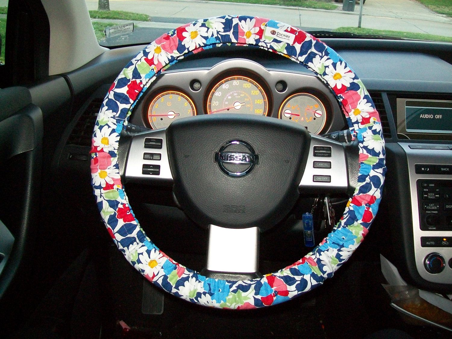 vera bradley steering wheel cover via etsy buy buy buy awesome stuff pinterest. Black Bedroom Furniture Sets. Home Design Ideas