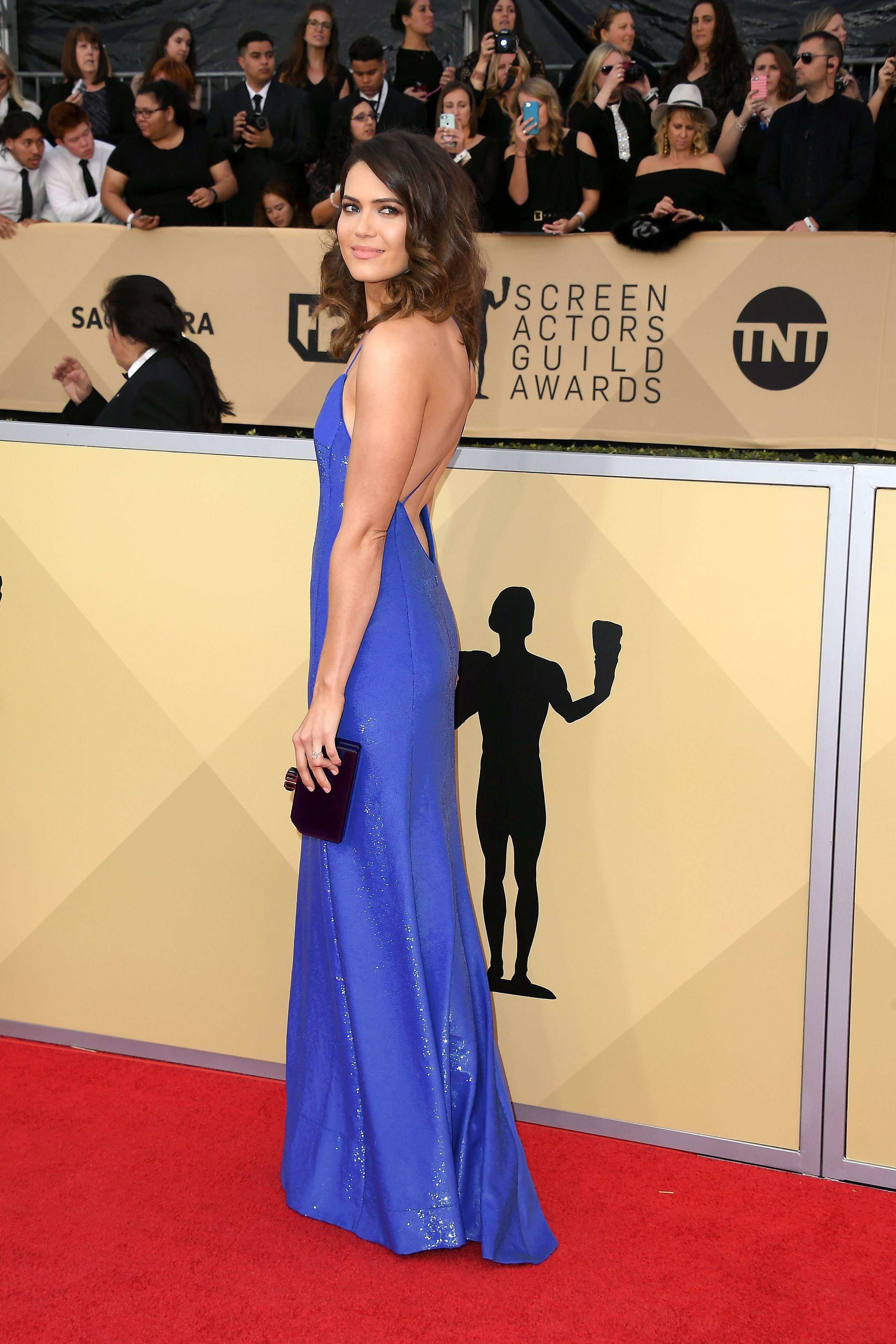 252480ffce8a Mandy Moore wearing a Ralph Lauren custom slip dress at the #SAGawards.