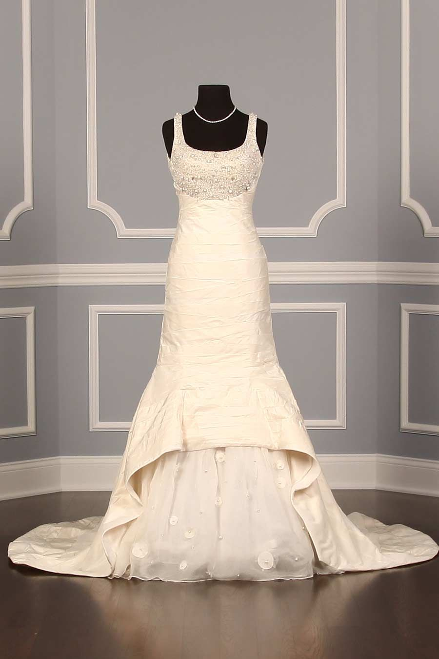 St Pucchi 525 Wedding Dress Discounted | Couture wedding gowns ...