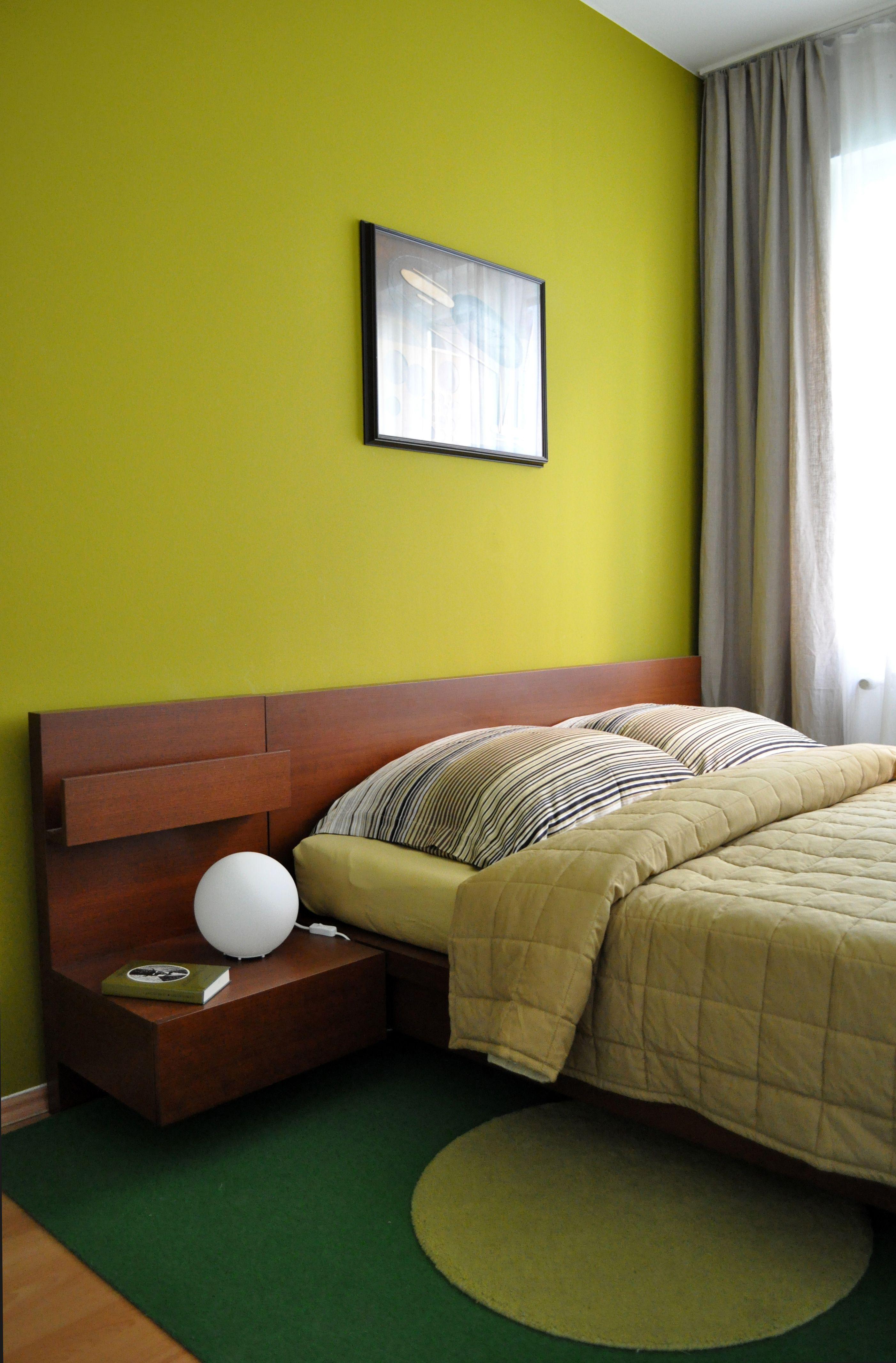 Schlafzimmer Bedroom Grün Ferienwohnung Berlin Moabit