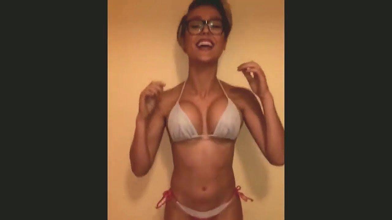 Perfect Natural Bouncing Tits