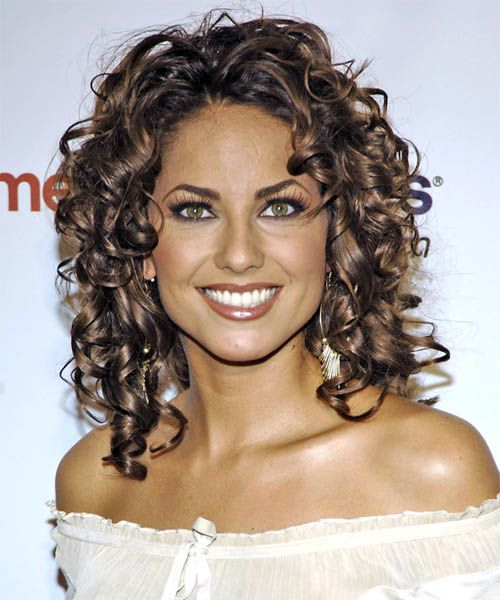 Curly Hairstyles To Suit Your Face Shape Medium Hair