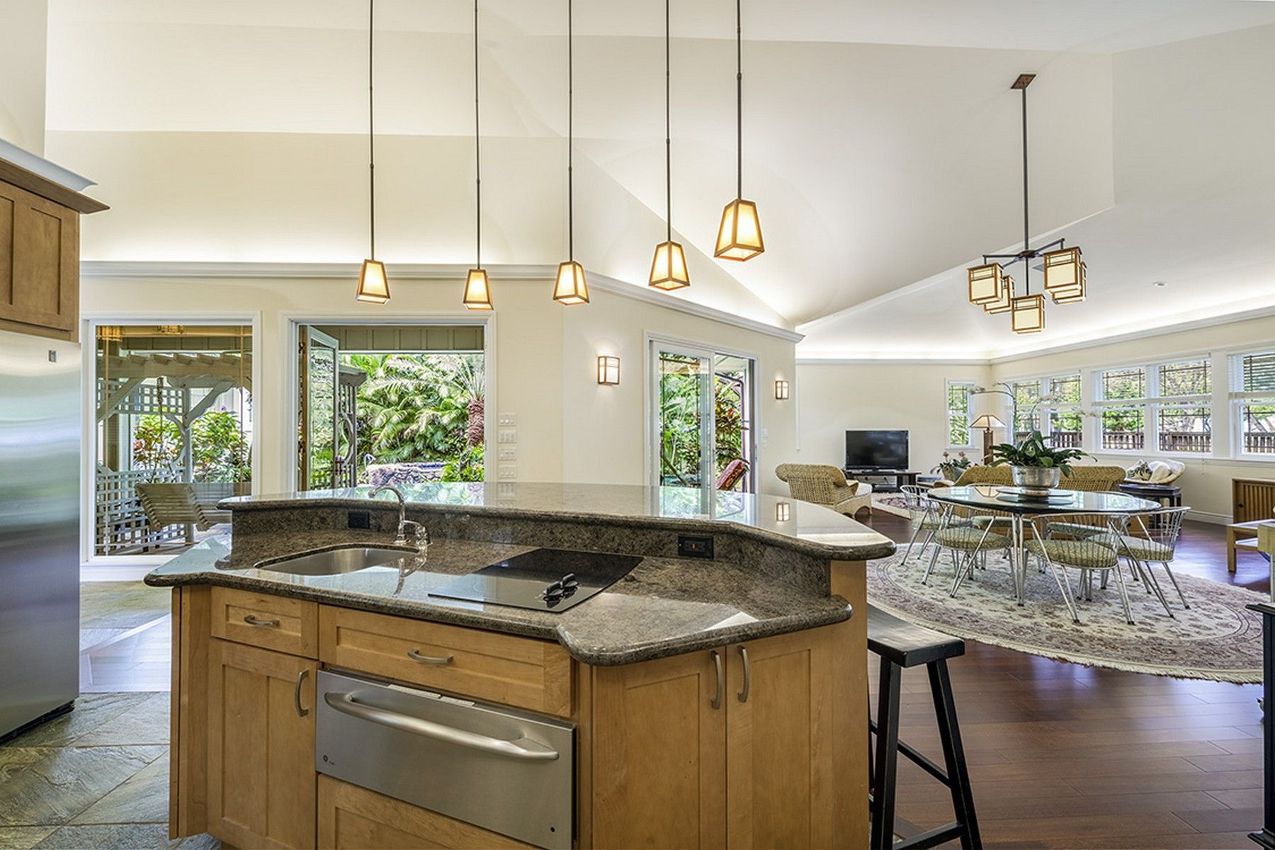 Carvill Sothebys International Realty ~ This new listing in Kailua, Oahu is quite amazing!  521 Kawailoa Rd.