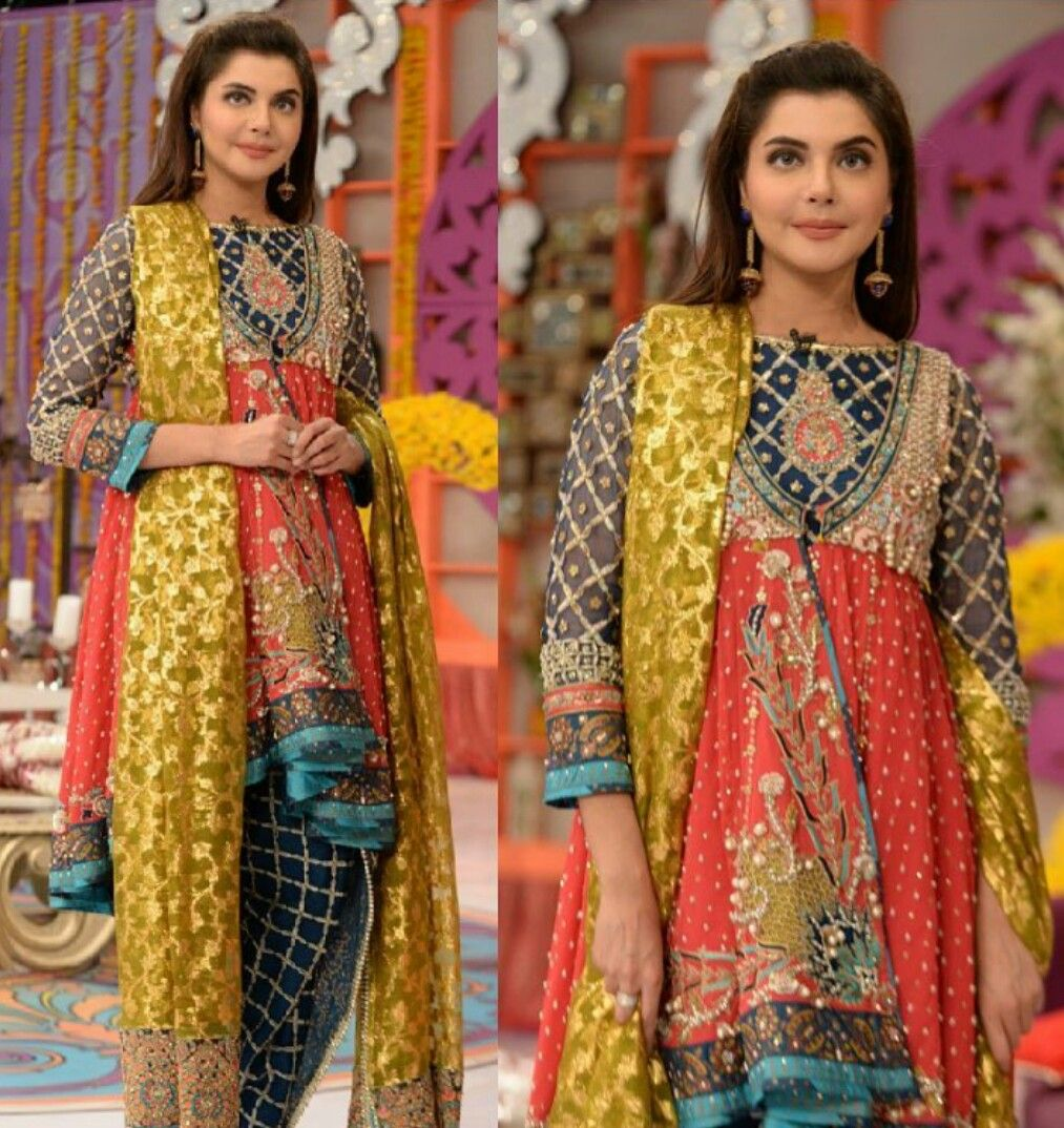 Nida Yasir Looks Absolutely Gorgeous On Her Morning Show